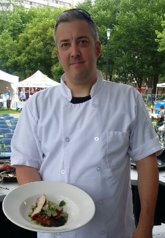 Chef Simon Reynolds will cook Sask foods at Sobeys Stonebridge on Sept 29.